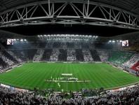 Mischen Sie sich unter die Tifosi und erleben Sie die Serie A live.