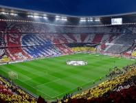 Die ausverkaufte Allianz Arena in München kurz vor Anpfiff.