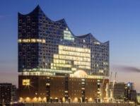 Besuchen Sie mit Faltin Travel das neue Wahrzeichen Hamburgs - die Elbphilharmonie.
