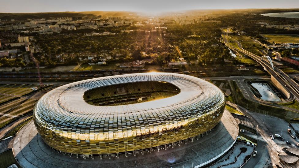 Aussenansicht Stadion Energa Gdansk - Austragungsort des UEFA Europa League Finals 2021
