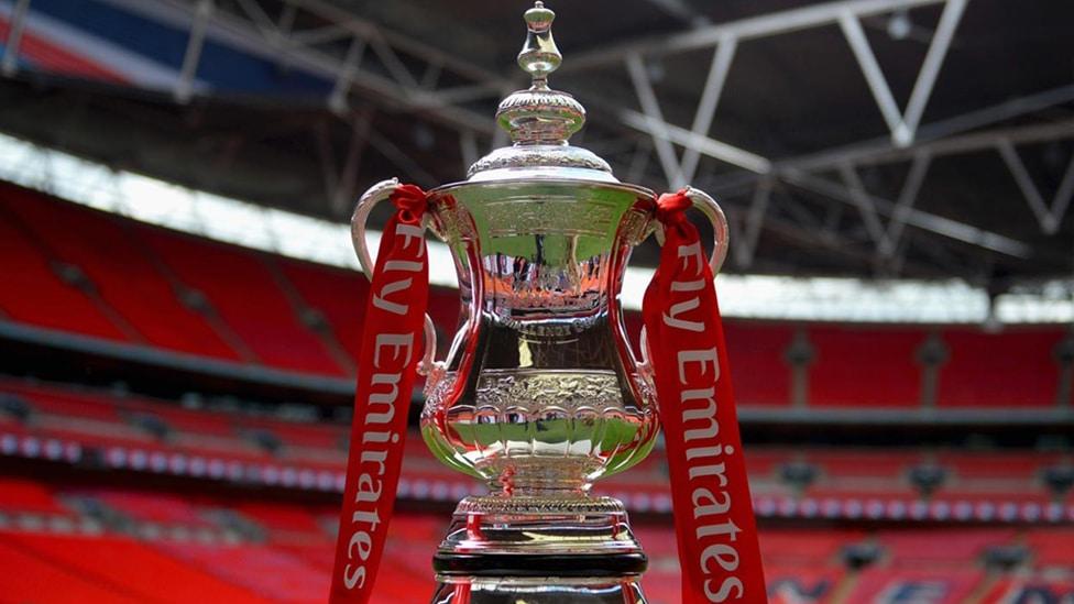 Erleben Sie das mit Spannung erwartete FA Cup Finale mit Faltin Travel live.