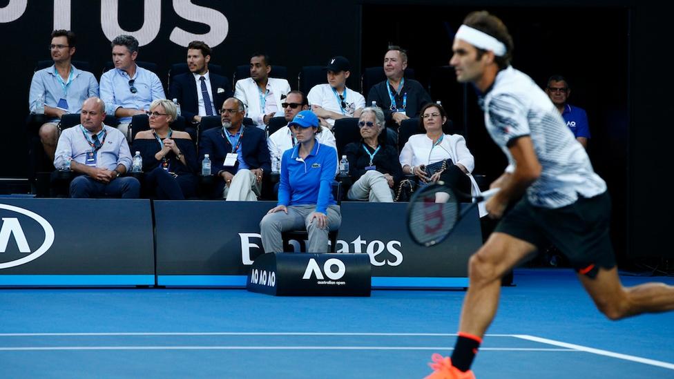 Roger Federer in der Rod Laver Arena während der Australian Open