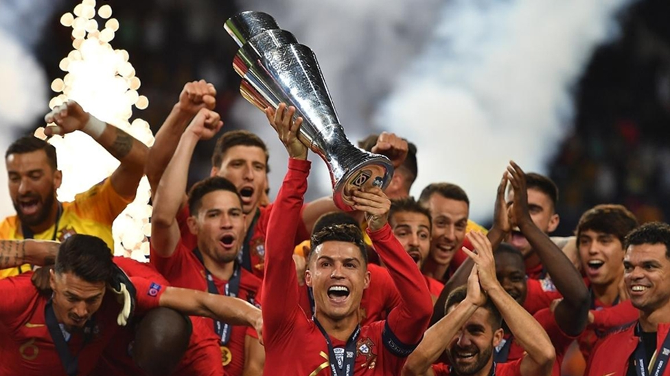 Die portugiesische Nationalmannschaft feiert den Gewinn der Nations League