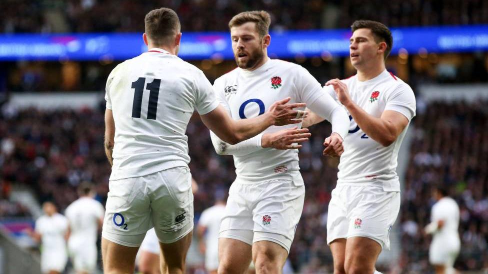 Jonny May, Elliot Daly und Ben Youngs während einer Six Nations Partie für England
